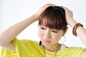 島根鳥取風俗求人 悩む女性